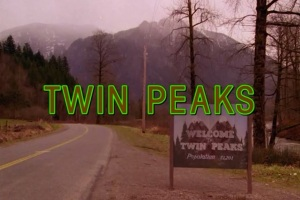 David-Lynch-is-Said-to-Have-Met-With-NBC-to-Discuss-Reviving-'Twin-Peaks'-01
